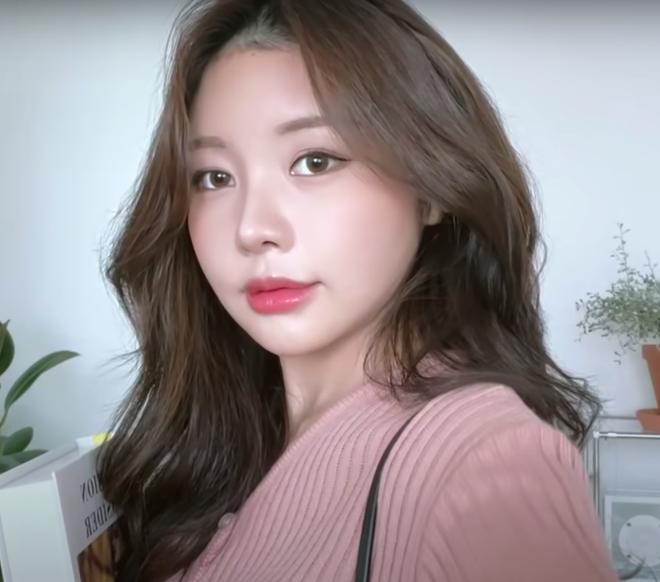 Youtuber Hàn kiếm triệu view nhờ makeup giống mỹ nhân True Beauty, netizen xỉu mạnh vì nhìn y chang nguyên mẫu - ảnh 3