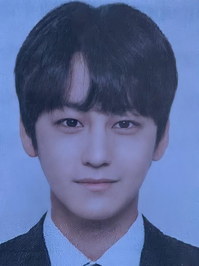 Kim Bum đã 32 tuổi còn đóng sinh viên năm nhất, netizen vẫn nức nở khen vì quá trẻ trung - ảnh 5
