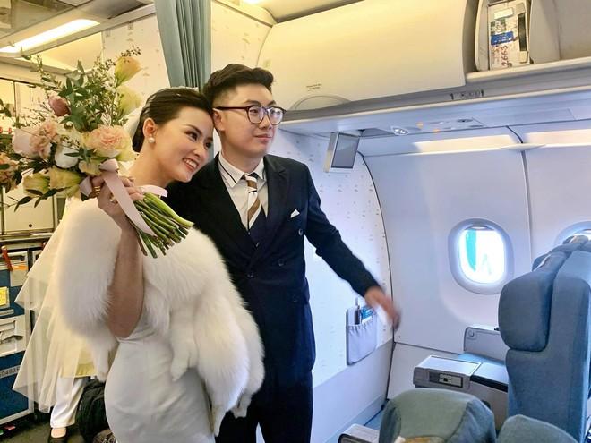 Hành trình đón dâu đặc biệt trên chuyến bay của Vietnam Airlines - ảnh 2