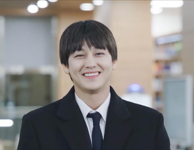 Kim Bum đã 32 tuổi còn đóng sinh viên năm nhất, netizen vẫn nức nở khen vì quá trẻ trung - ảnh 3