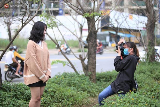 Người dân đổ xô đến check in con đường mùa đông đẹp như trong phim Hàn ở Đà Nẵng - ảnh 6
