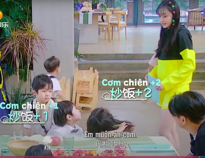 Trịnh Sảng bị netizen chỉ trích giả tạo khi đòi bỏ con mình nhưng lại lên show chăm sóc con nhà người ta - ảnh 5