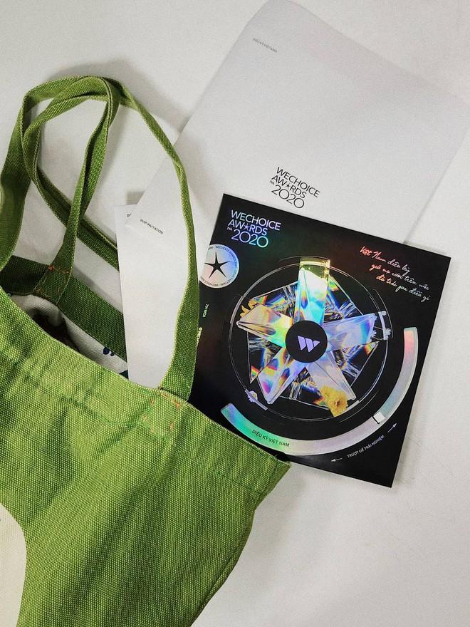 Tấm thiệp mời HOT nhất MXH hôm nay: Vừa đẹp, vừa sang, lấp lánh diệu kỳ đúng như chủ đề WeChoice Awards 2020! - ảnh 3