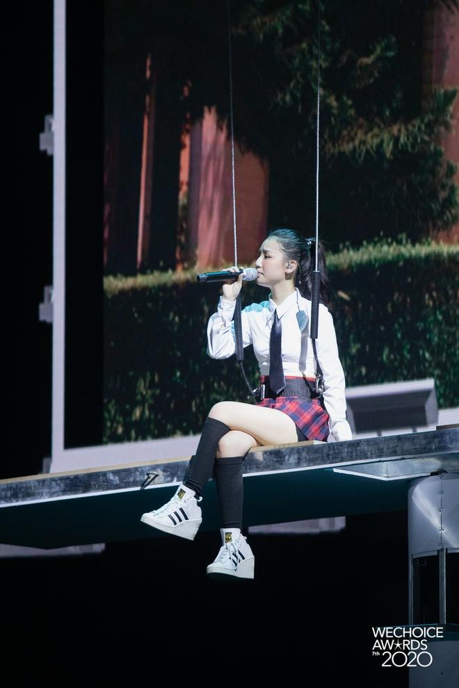 Mix & Phối - Soi style dàn sao đi tổng duyệt WeChoice 2020: Hoà Minzy, Hiền Hồ đơn giản vẫn xinh, đội quân rapper siêu ngầu - chanvaydep.net 2