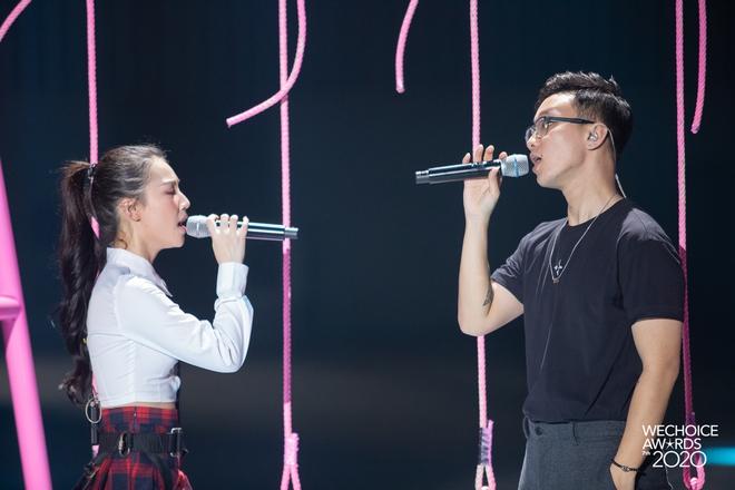 Mix & Phối - Soi style dàn sao đi tổng duyệt WeChoice 2020: Hoà Minzy, Hiền Hồ đơn giản vẫn xinh, đội quân rapper siêu ngầu - chanvaydep.net 3