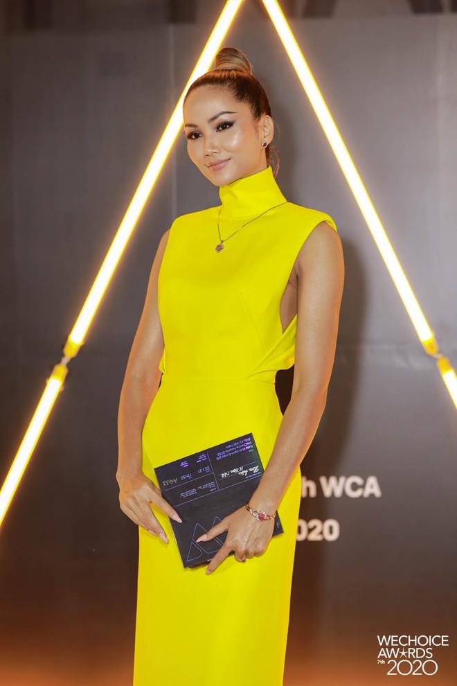 WeChoice 2020 là sự kiện hiếm hoi quy tụ cả quân đoàn Hoa hậu, Á hậu: 2 nàng hậu họ Đỗ điệu đà, H'Hen Niê - Khánh Vân quá bốc lửa - ảnh 2