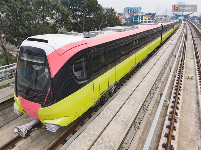 Đoàn tàu đầu tiên của tuyến đường sắt đô thị l Nhổn - Ga Hà Nội chính thức lăn bánh, bước vào giai đoạn thử nghiệm liên động - ảnh 2
