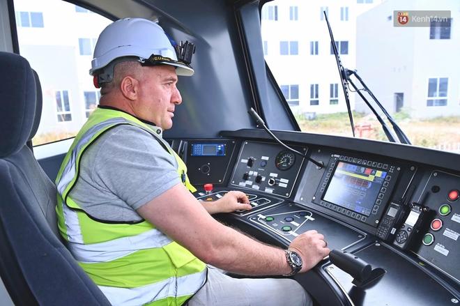 Ảnh: Cận cảnh đoàn tàu đầu tiên dự án Nhổn - ga Hà Nội - ảnh 9