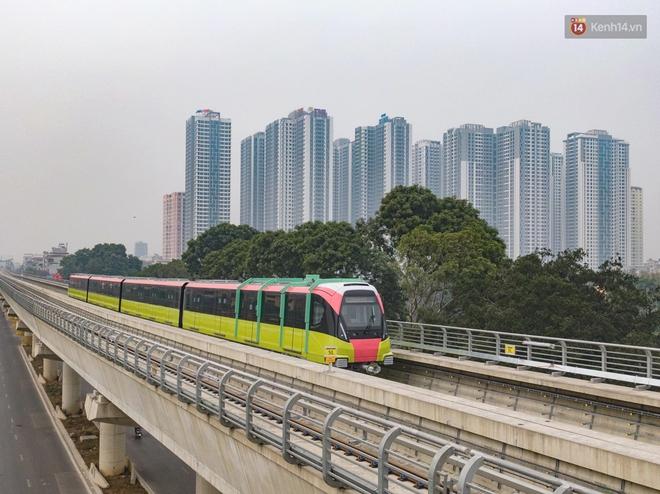 Đoàn tàu đầu tiên của tuyến đường sắt đô thị l Nhổn - Ga Hà Nội chính thức lăn bánh, bước vào giai đoạn thử nghiệm liên động - ảnh 1