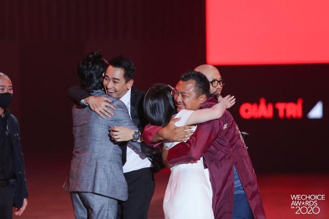 Tiệc Trăng Máu ẵm trọn siêu cúp Phim điện ảnh của năm tại WeChoice Awards 2020 - ảnh 4