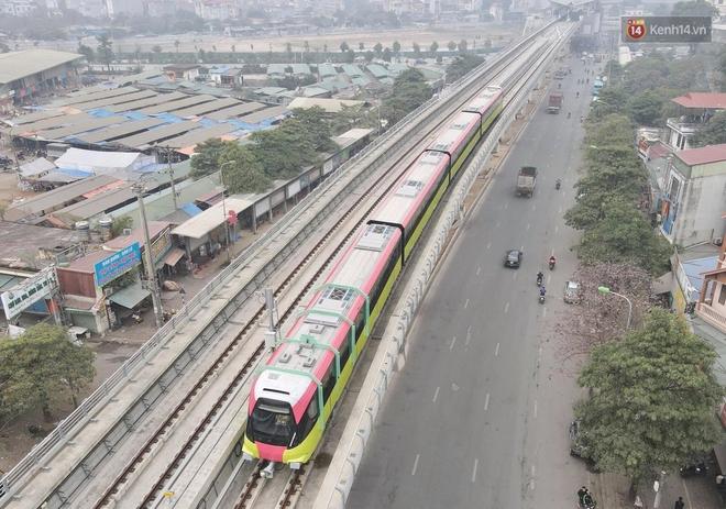 Đoàn tàu đầu tiên của tuyến đường sắt đô thị l Nhổn - Ga Hà Nội chính thức lăn bánh, bước vào giai đoạn thử nghiệm liên động - ảnh 4