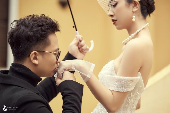 Á hậu Thuý An tung ảnh cưới lung linh trước thềm hôn lễ: Nhan sắc cô dâu đỉnh của chóp, e ấp bên chú rể hơn 12 tuổi! - ảnh 9