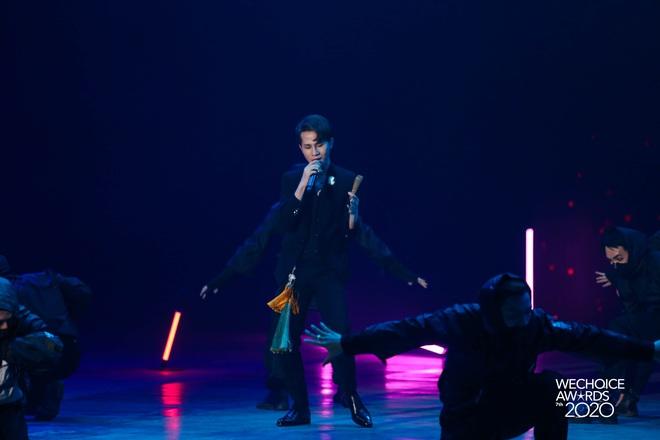 Jack phối mới Hoa Hải Đường, diễn cực sung có ngay sân khấu để đời tại WeChoice Awards 2020! - ảnh 8