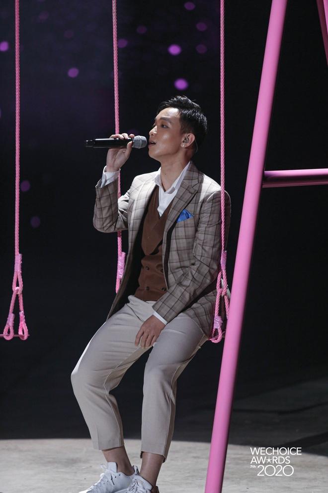 AMEE tái hợp Hoàng Dũng - Ricky Star, lần đầu hòa giọng cùng Quân A.P mang đến màn mashup không tưởng tại Gala WCA 2020 - ảnh 5