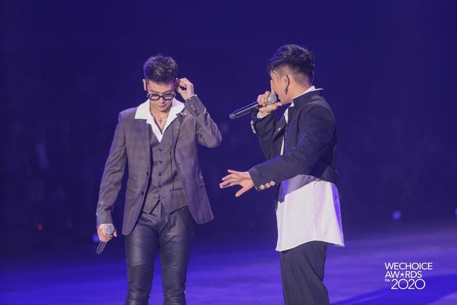 AMEE tái hợp Hoàng Dũng - Ricky Star, lần đầu hòa giọng cùng Quân A.P mang đến màn mashup không tưởng tại Gala WCA 2020 - ảnh 9