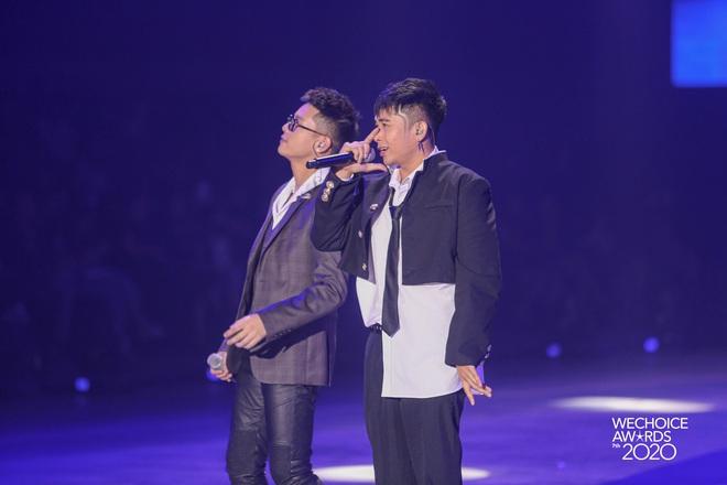AMEE tái hợp Hoàng Dũng - Ricky Star, lần đầu hòa giọng cùng Quân A.P mang đến màn mashup không tưởng tại Gala WCA 2020 - ảnh 8