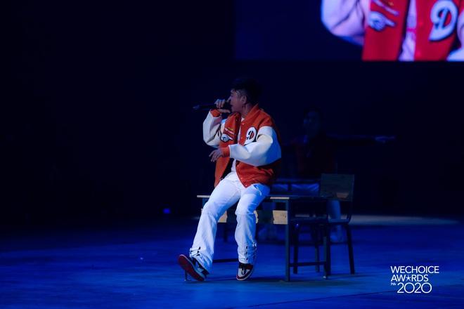 Học sinh cá biệt WEAN - MCK rủ rê trò ngoan Lăng LD - Ricky Star oanh tạc sân khấu WeChoice Awards 2020! - ảnh 4