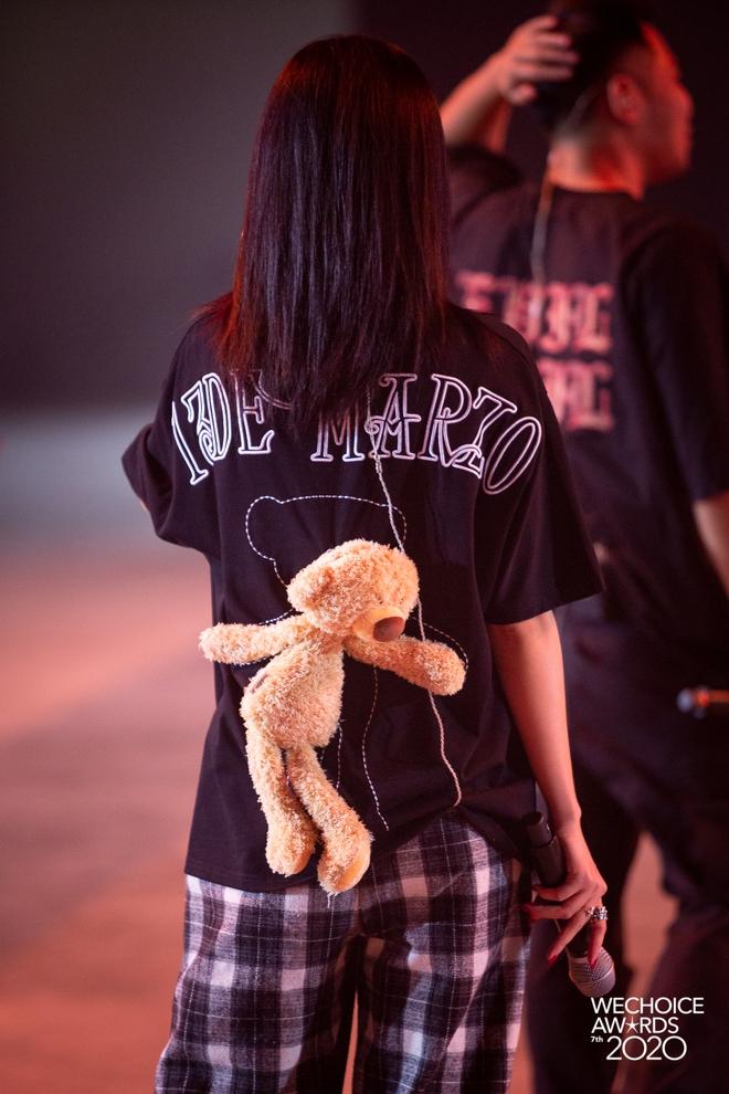 Dàn sao khoe sắc tại buổi tổng duyệt WeChoice 2020: Hoàng Thùy Linh cực xinh, MCK - Tlinh phát cẩu lương, Bích Phương đi luôn với gấu? - ảnh 3