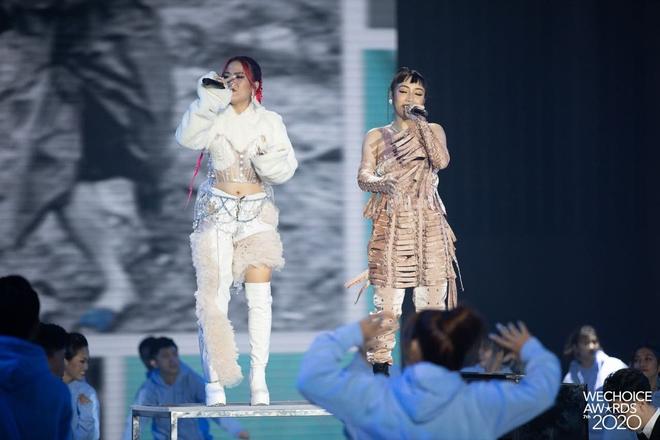 Tlinh và Mỹ Anh mở màn Gala WeChoice với Lời Cảm Ơn đầy ấn tượng, khẳng định tài năng của nghệ sĩ Gen Z! - ảnh 8