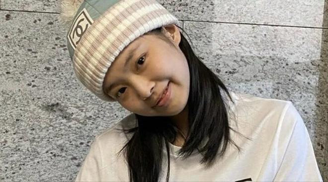 Đọ mặt mộc của dàn mỹ nhân Hàn: Song Hye Kyo vẫn là huyền thoại, hình ảnh không son phấn mới nhất của Suzy lại khiến dân tình phát sốt - ảnh 22