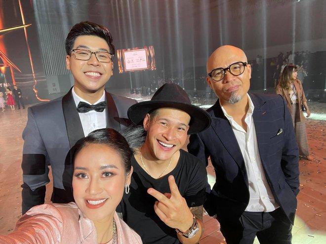 Cả Vbiz rần rần về Gala WeChoice Awards 2020: Binz vinh dự, Thuỷ Tiên nghẹn ngào và hàng loạt thông điệp được lan toả - ảnh 3