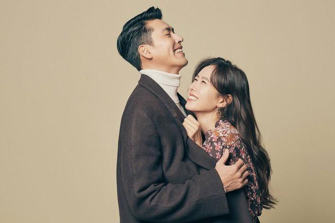 Hyun Bin lần đầu đích thân nhắc đến bạn gái Son Ye Jin: Đã lồng ghép lời yêu khéo léo, còn công khai ở lễ trao giải khủng - Ảnh 5.