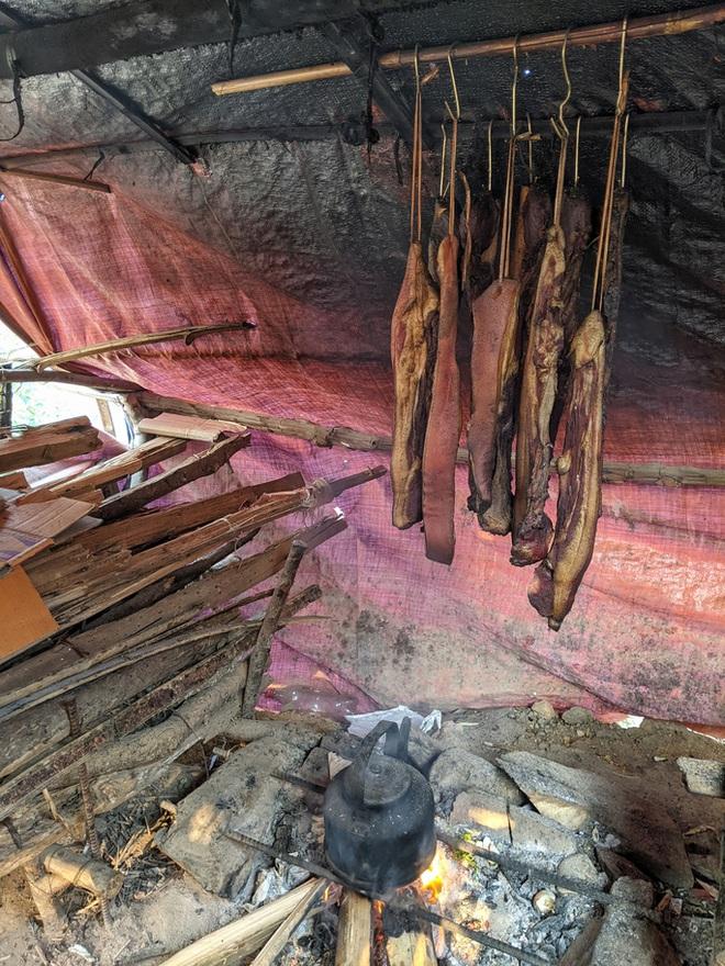 Cận cảnh cuộc sống của bộ đội biên phòng dưới cái rét cắt da cắt thịt nơi địa đầu Tổ quốc - ảnh 17