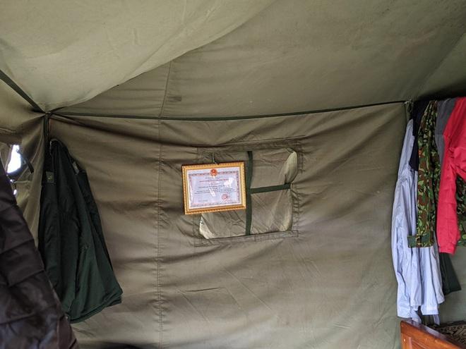 Cận cảnh cuộc sống của bộ đội biên phòng dưới cái rét cắt da cắt thịt nơi địa đầu Tổ quốc - ảnh 18