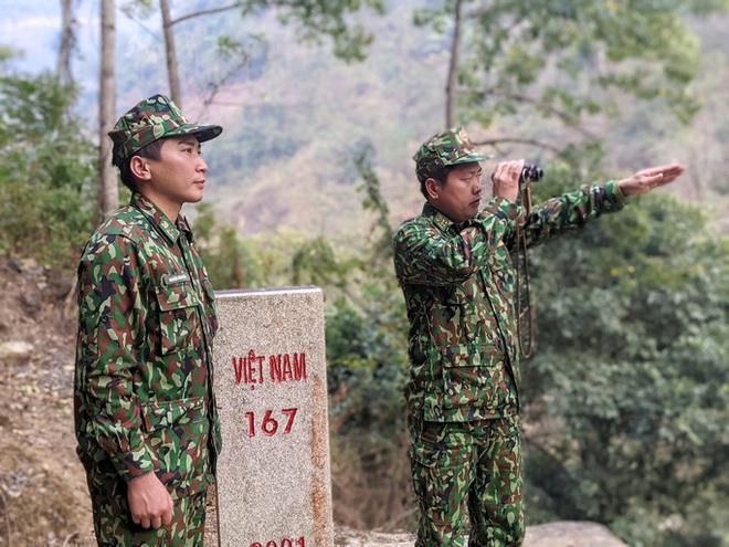 Cận cảnh cuộc sống của bộ đội biên phòng dưới cái rét cắt da cắt thịt nơi địa đầu Tổ quốc - ảnh 9