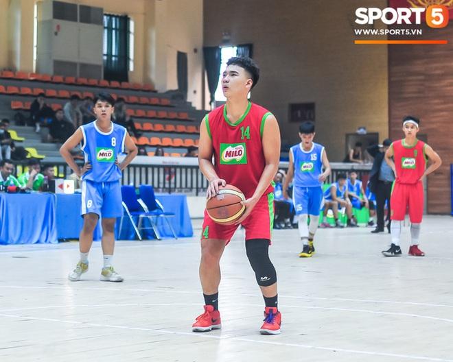 """Chân dung các """"con nhà người ta"""" tại giải bóng rổ học sinh Hà Nội - ảnh 12"""