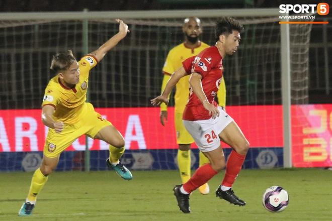 Cầu thủ Việt kiều Lee Nguyễn ra mắt chưa trọn vẹn - ảnh 5