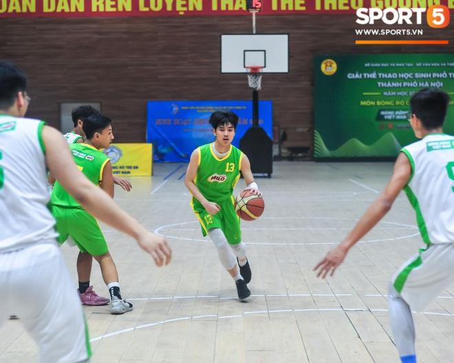 """Chân dung các """"con nhà người ta"""" tại giải bóng rổ học sinh Hà Nội - ảnh 5"""