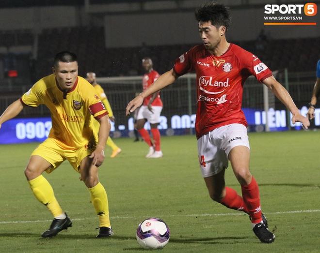 Cầu thủ Việt kiều Lee Nguyễn ra mắt chưa trọn vẹn - ảnh 7
