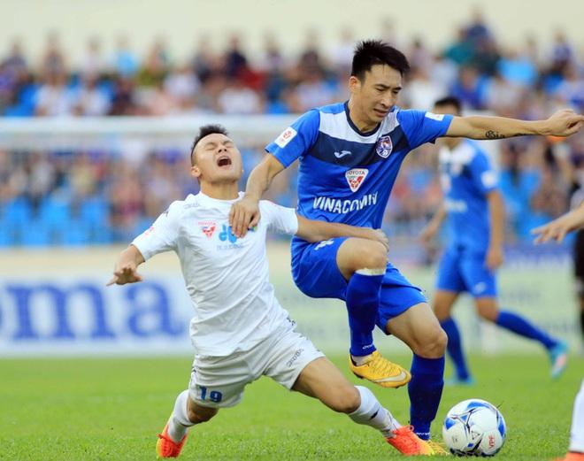 Hà Nội FC thua hai trận đầu vẫn chưa tệ bằng năm đầu tiên Quang Hải đá V.League - ảnh 1