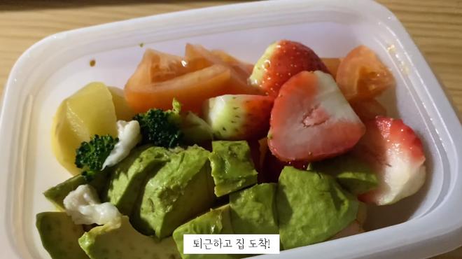 Vlogger Hàn Quốc chia sẻ tuyệt chiêu đánh bay mỡ bụng: giảm 3,5kg trong 5 ngày với chế độ ăn không bột mì - ảnh 18