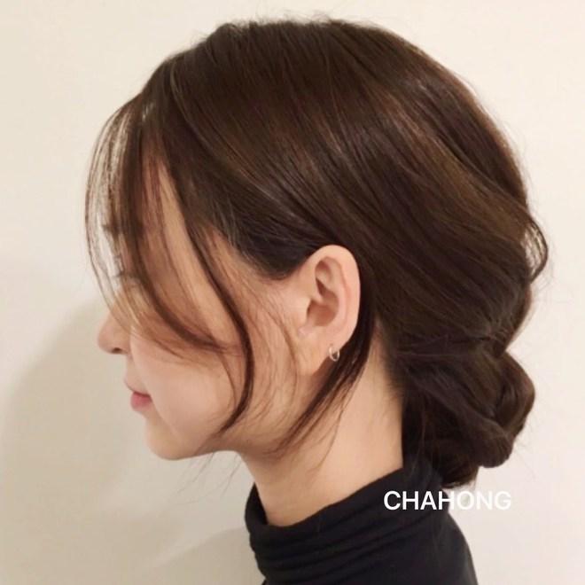 5 chiêu buộc tóc thấp vừa sang xịn vừa nhanh gọn, buổi sáng muốn tóc đẹp thì con gái nên học ngay - Ảnh 8.