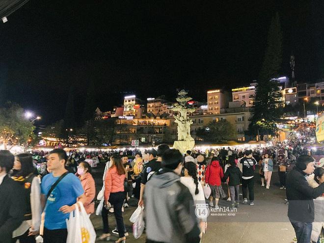 """Cảnh tượng trái ngược tại Đà Lạt trong ngày Chủ nhật đầu tiên của năm mới: Nơi đông chen không thở nổi, chỗ lại """"vắng tanh vắng lạnh"""" - Ảnh 10."""