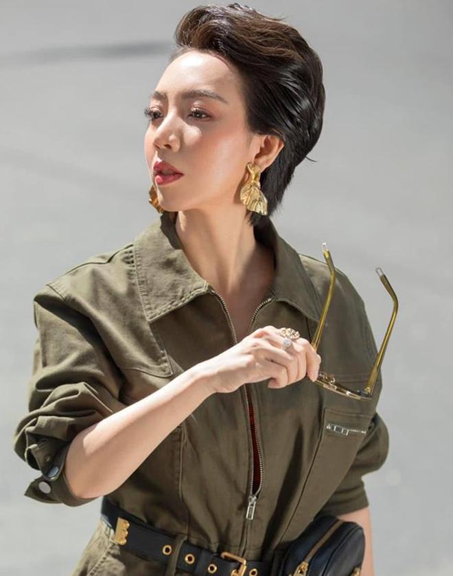 Thu Trang: Từ vai phụ mờ nhạt đến chị Mười Ba đầy ấn tượng và bùng nổ cơn sốt Tiệc Trăng Máu - Ảnh 1.