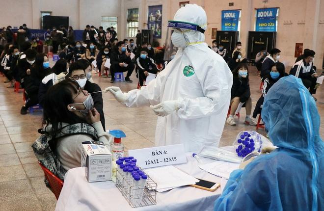 Dịch Covid-19 ngày 30/1: Phát hiện thêm một ca dương tính ở Bắc Ninh, là người nhà của 2 bệnh nhân trước đó - Ảnh 1.
