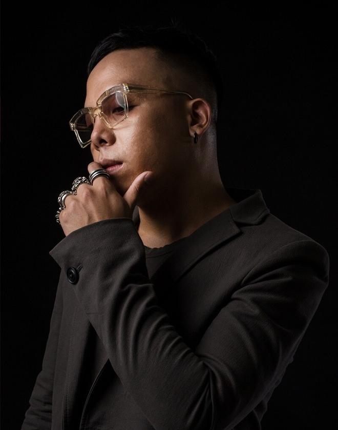 """Hoàng Touliver: Phù thuỷ âm nhạc """"nhào nặn"""" nên những bản hit đình đám, tạo cơn bão Rap Việt khuấy đảo năm 2020 - Ảnh 1."""
