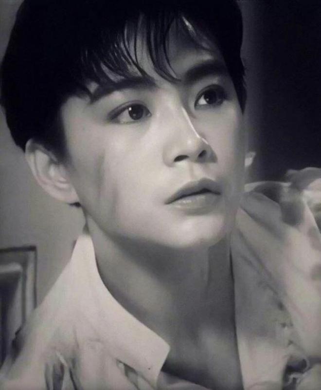 Đây chính là mỹ nhân giả trai đỉnh nhất màn ảnh Hoa ngữ, visual chuẩn soái ca khiến phụ nữ cũng phải mê mẩn - ảnh 16