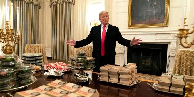 Ông Trump gây ngỡ ngàng vì sụt hơn 10kg sau khi rời nhiệm sở, trợ lí chia sẻ lý do bất ngờ liên quan đến 1 căn phòng tại Nhà Trắng - ảnh 2