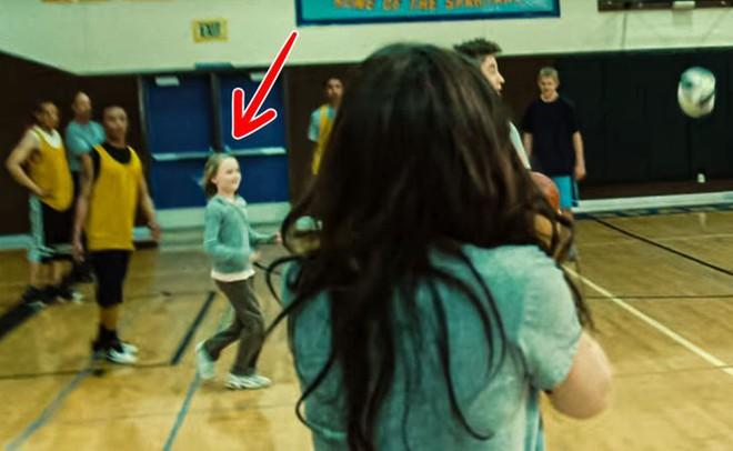 9 lỗi sai siêu lố trong Twilight khiến fan kêu trời kêu đất: Ảo lòi thế này mà qua mặt được bao nhiêu người! - ảnh 3