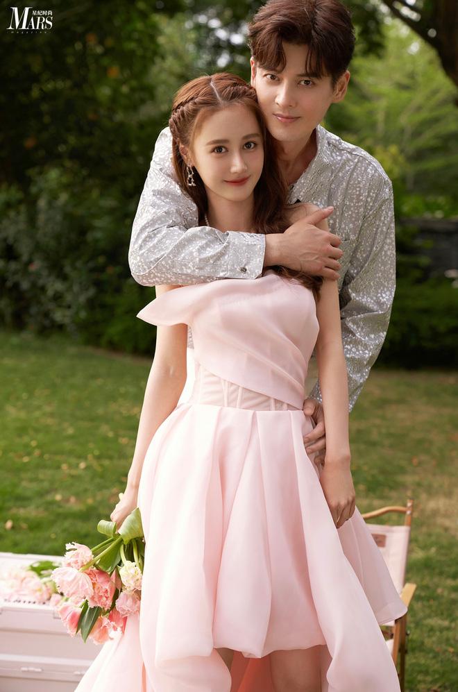 Cbiz đón tin vui: Ma cà rồng Quách Phẩm Siêu tuyên bố kết hôn ở tuổi 46, giải đáp câu hỏi khó nhất về cô dâu kém 19 tuổi - ảnh 1