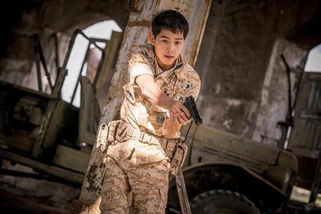 Nghề nghiệp của diễn viên Hàn trước khi nổi tiếng: Song Joong Ki vỡ mộng trượt băng, Kim Tae Ri bán sữa đậu nành - Ảnh 1.