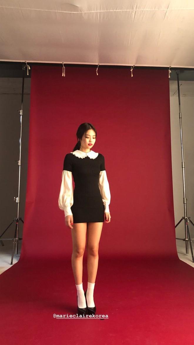 Choáng với thần thái của Jennie: High-fashion hết nấc, ảnh chụp vội mà đỉnh chẳng khác hình tạp chí - ảnh 8