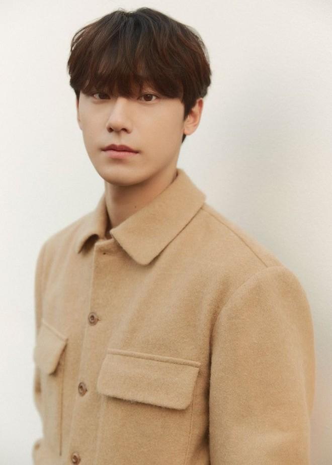 Knet lựa nhanh loạt nam thần đang lên ở phim Hàn - Nhật: Từ Song Kang tới Lee Do Hyun đều thua xa trai Nhật đó? - ảnh 3