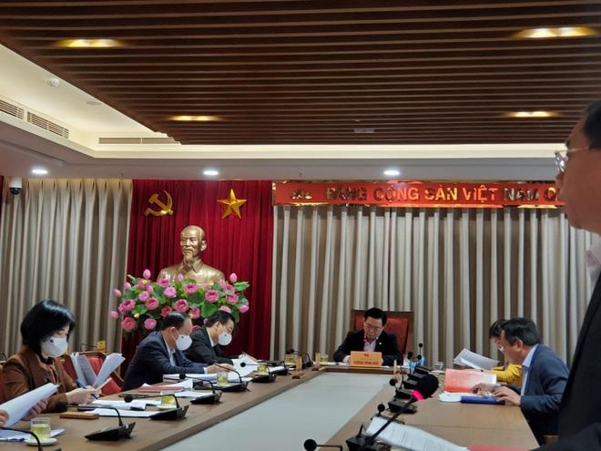 Bí thư Hà Nội: Bố trí ngân sách mua vaccine Covid-19 cho toàn người dân - Ảnh 1.