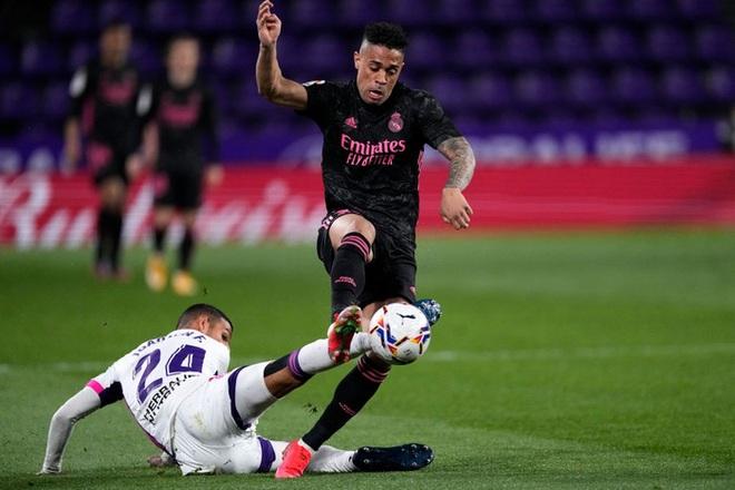 Người hùng ghi bàn duy nhất giúp Real Madrid vất vả thắng đội áp chót, thu hẹp khoảng cách với Atletico trong cuộc đua vô địch - ảnh 4