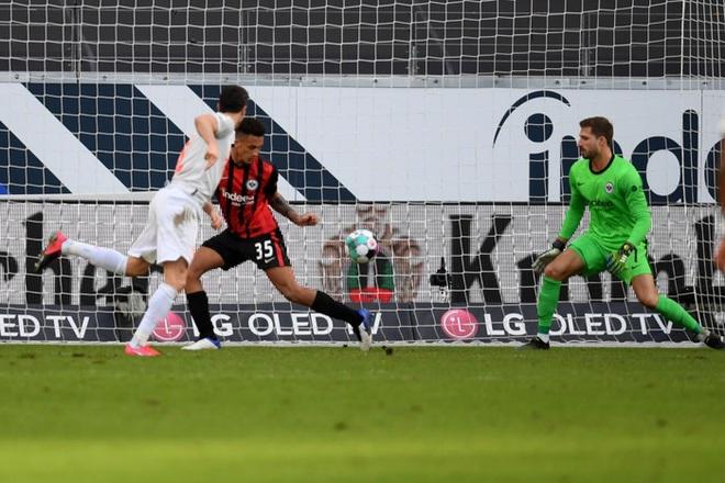 Bayern Munich tiếp tục gây thất vọng sau kỳ tích cú ăn 6 - ảnh 8